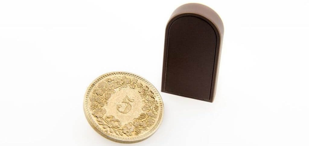 Baguette with Coin (1)